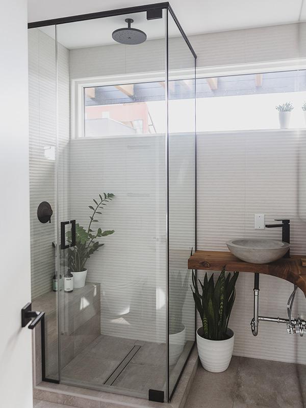 Custom Garden Suite Bathroom